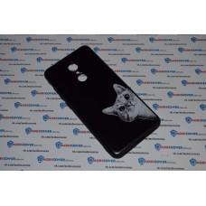 Чехол-бампер для XiaoMi Redmi 5 (Подглядывающий кот)